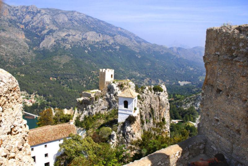 Испания достопримечательности гуадалест