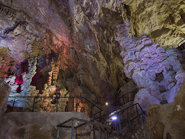 экскурсия в пещеры Канелобре