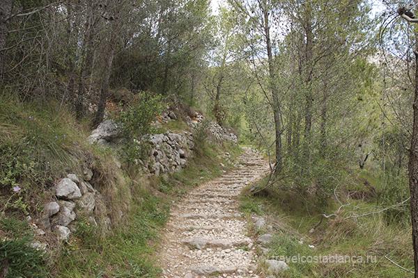 Трекинг в горах Аликанте. El Barranc de l'Infern