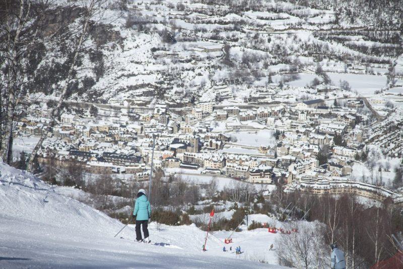 Вальделинарес горнолыжные курорты в Испании