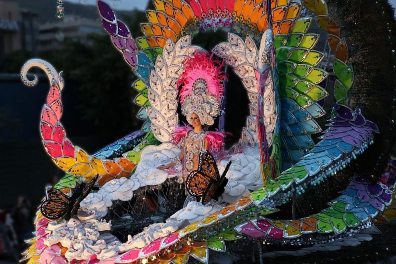Карнавал в Аликанте - выбор королевы