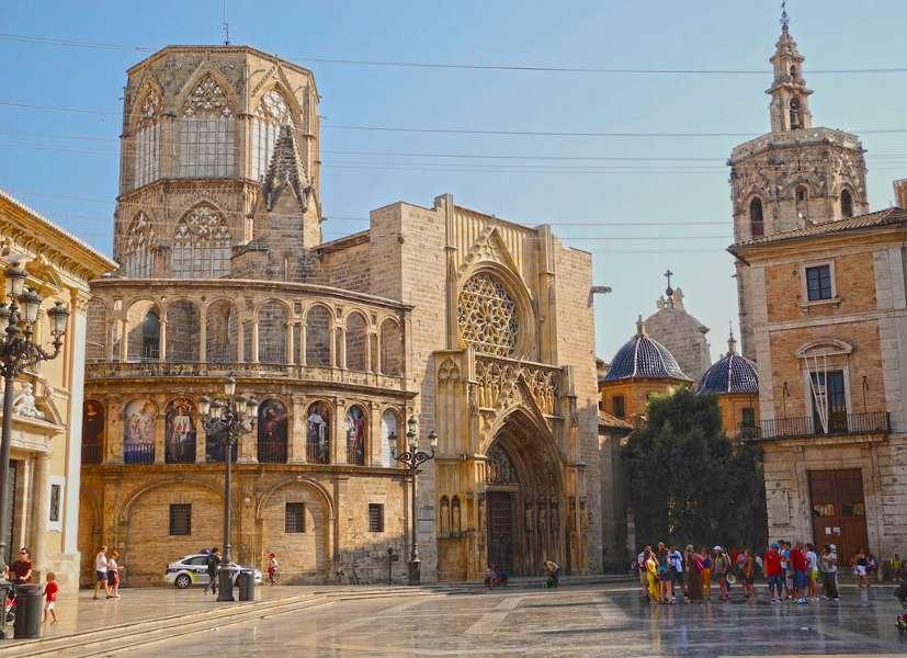 Экскурсия в Валенсию из Аликанте