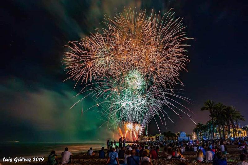 праздники в испании 2020 фейерверк