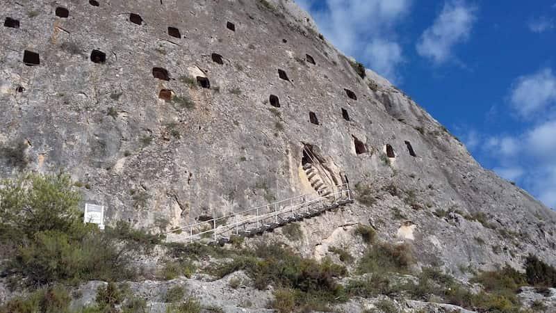 Пещерный лабиринт в Бокайренте