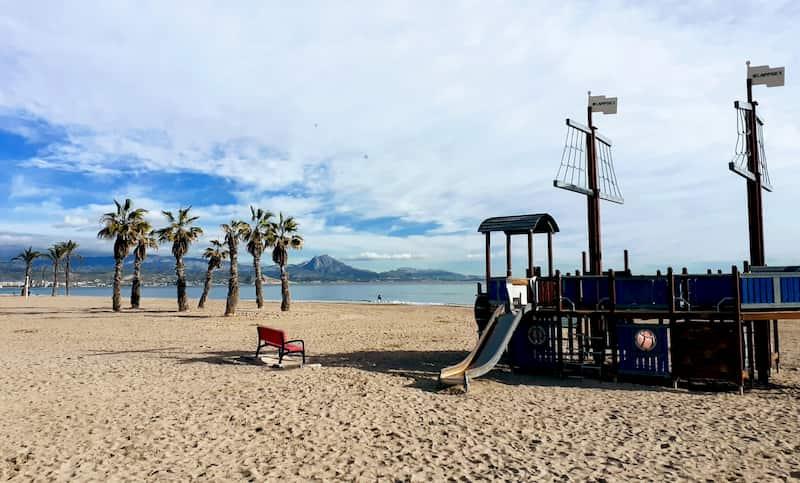 Топ 7 лучших курортов на Коста Бланке. Пляж Сан Хуан в Аликанте
